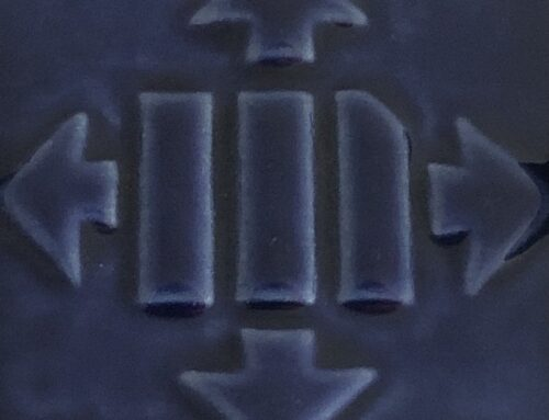 ETI 03/107-ESMALTE AZUL ELECTRICO BRILLO